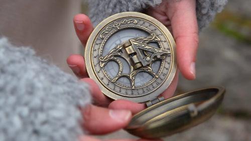 Work_Love_tobeLoved_compass